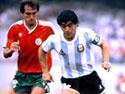 Diego Maradona al Mondiale del 1986 (foto tratta dal sito ufficiale www.diegomaradona.com)